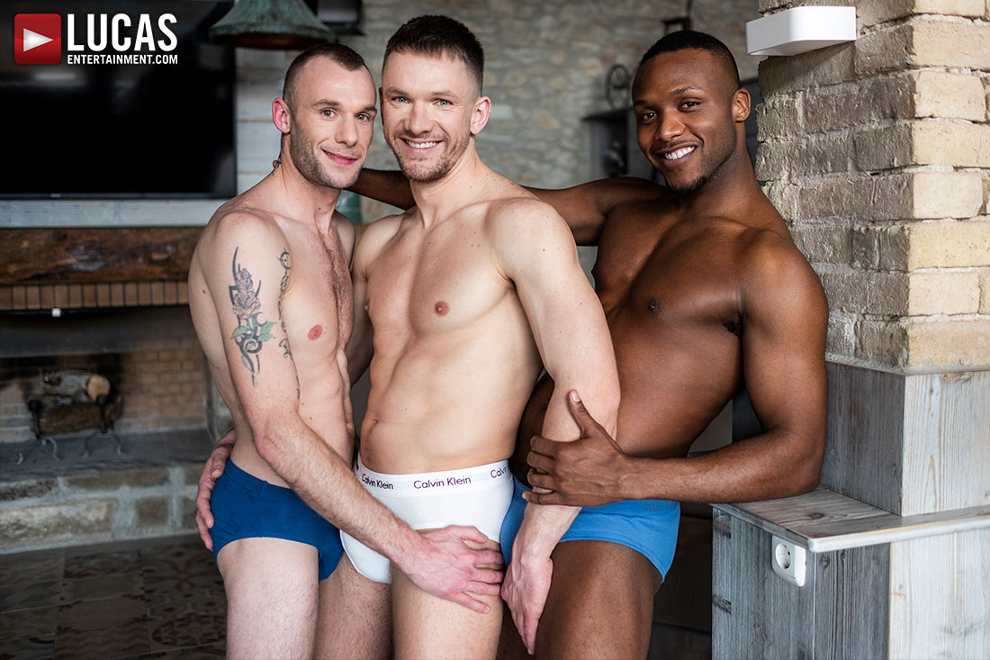 Guillaume Wayne And Andre Donovan Spit Roast Andrey Vic - Gay Movies - Lucas Entertainment