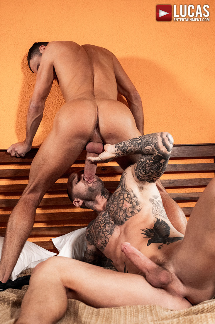Jeffrey Lloyd Bottoms For Dylan James - Gay Movies - Lucas Entertainment