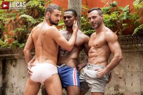Manuel Skye, Jeffrey Lloyd, Sean Xavier | Sunset Sex - Gay Movies - Lucas Entertainment