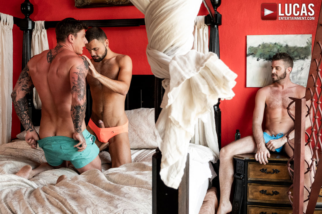 Geordie Jackson And Jeffrey Lloyd Cuckold Lincoln Tunnel - Gay Movies - Lucas Entertainment