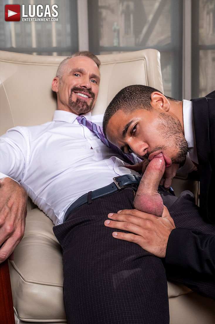 Mike Maverick Rides Dallas Steele