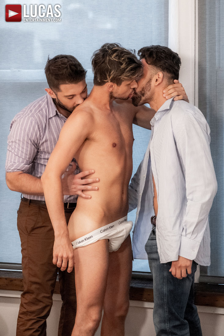Ben Batemen And FX Rios Seed Maxx Gun - Gay Movies - Lucas Entertainment