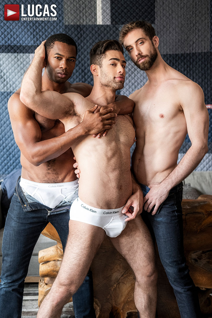 Jason Cox And Lucas Leon Share Sean Xavier's Monster Black Dick - Gay Movies - Lucas Entertainment