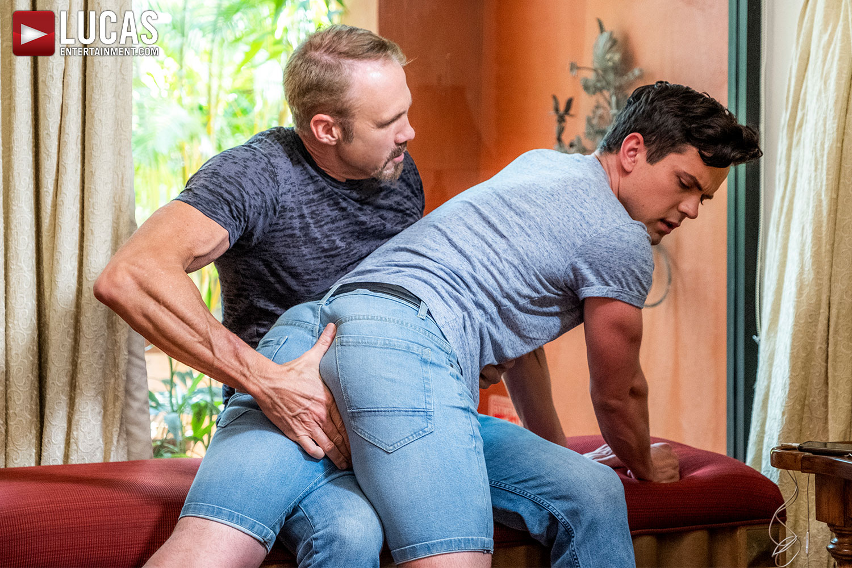 Stepdad Dallas Steele Fucks Dakota Payne Raw - Gay Movies - Lucas Entertainment