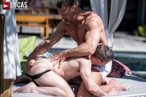 Tomas Brands Breeds Colton Grey's Hole - Gay Movies - Lucas Entertainment