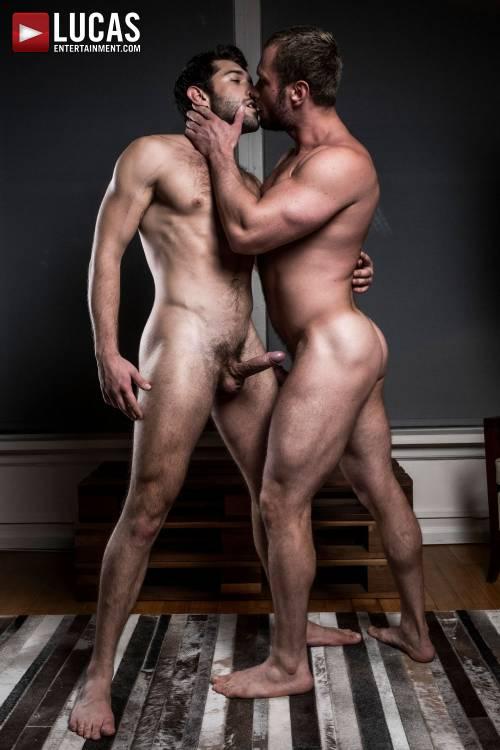 Ben Batemen And Stas Landon Swap Raw Loads - Gay Movies - Lucas Entertainment