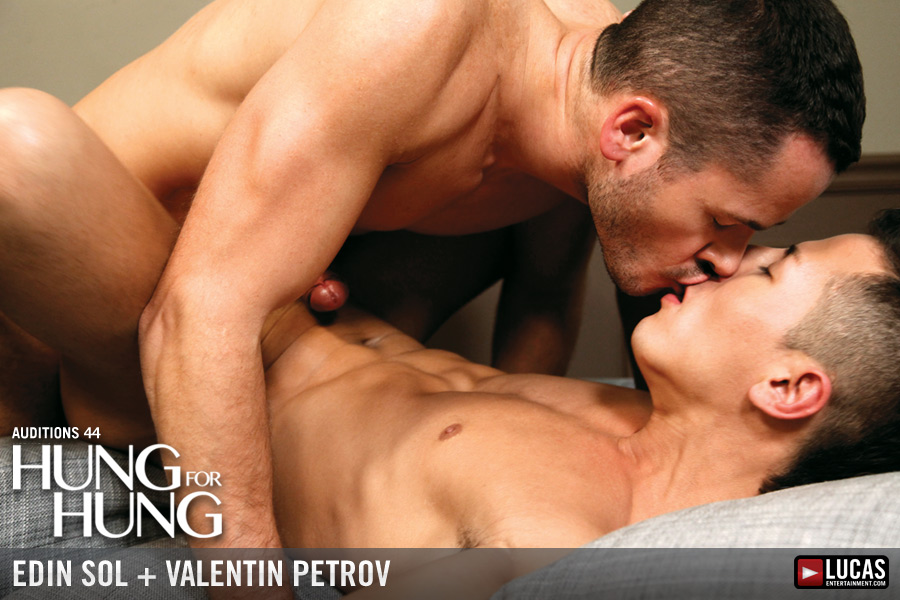 Power-Top Valentin Petrov Slams Edin Sol with His Uncut Dick - Gay Movies - Lucas Entertainment