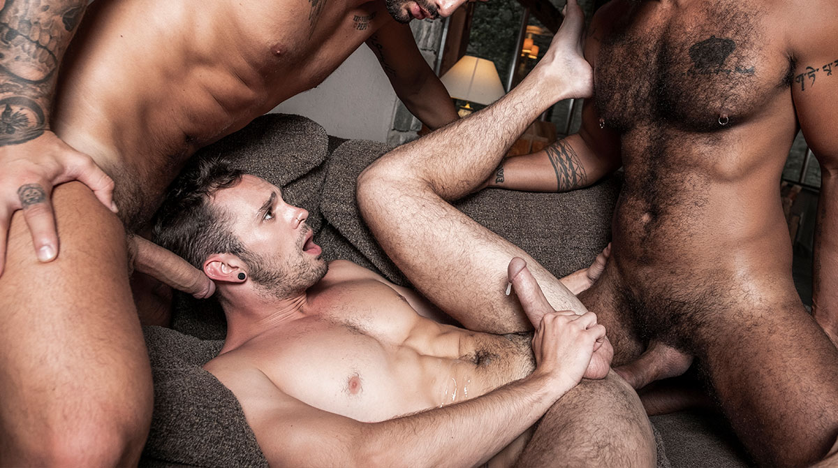 A sexy pair of studs are eating eachothers asses