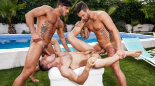 Andrea Suarez, Andy Star, James Castle | Poolside Threesome
