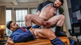 Sergeant Miles Submits To Arad Winwin