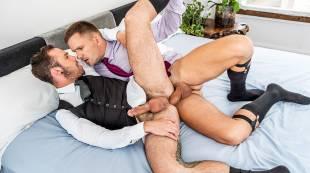 Drake Rogers Rides Andrey Vic�s Fat Cock